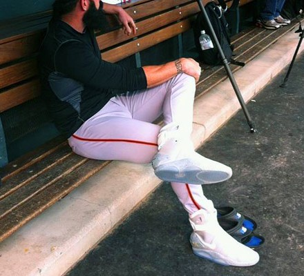 SF-Giants-Pitcher-Brian-Wilson-Wears-Nike-MAG-Sneakers-01